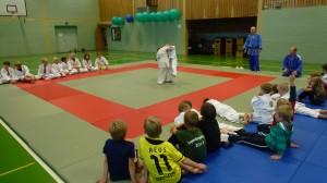 Grundschüler zu Gast bei der Judosparte